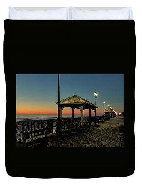 Down The Shore At Dawn Duvet Cover