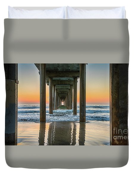 Down Under Scripp's Pier  Duvet Cover