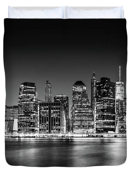 Duvet Cover featuring the photograph Downtown Manhattan Bw by Az Jackson