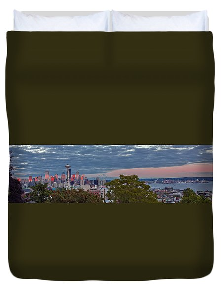Downtown Seattle At Dusk Duvet Cover