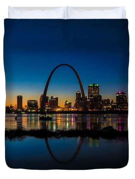 Downtown St. Louis And The Gateway Arch Duvet Cover