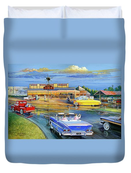Dragging The Circle - Hub Diner Duvet Cover