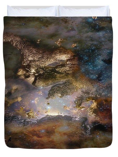 Dragon Watches.... Duvet Cover