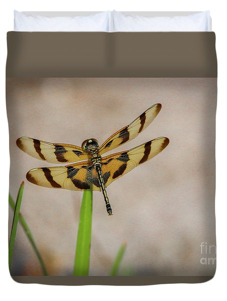 Dragonfly On Grass Duvet Cover
