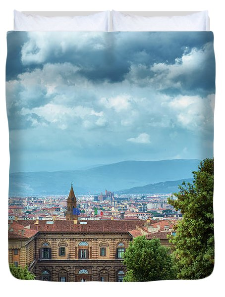 Drama In The Palace Of Firenze Duvet Cover