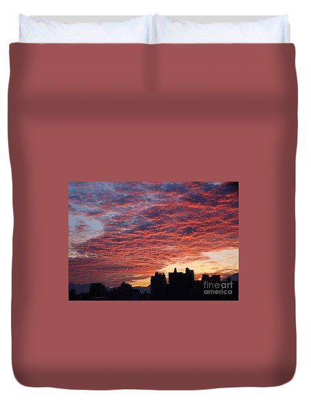 Duvet Cover featuring the photograph Dramatic City Sunrise by Yali Shi