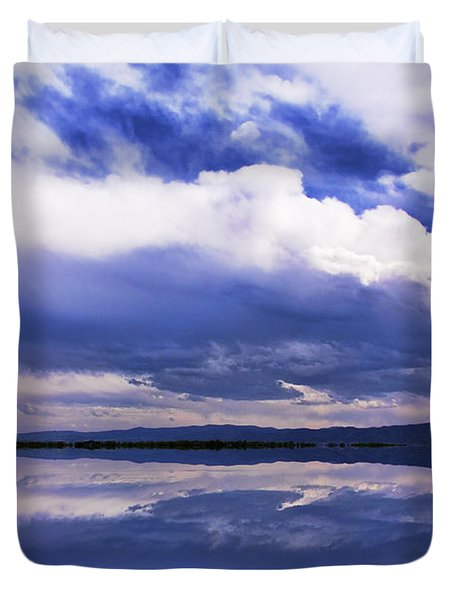 Dramatic Clouds Of A Coming Storm Duvet Cover by Daphne Sampson