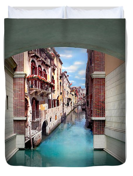 Dreaming Of Venice Vertical Panorama Duvet Cover