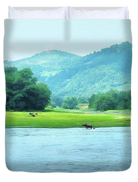 Animals In Li River Duvet Cover