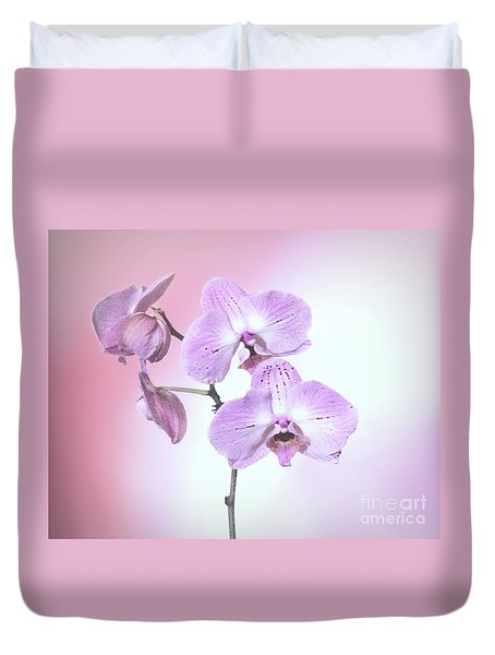 Duvet Cover featuring the photograph Dreamy Pink Orchid by Linda Phelps