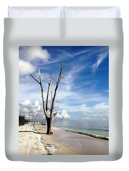 Duvet Cover featuring the photograph Driftwood At Lovers Key State Park by Janet King