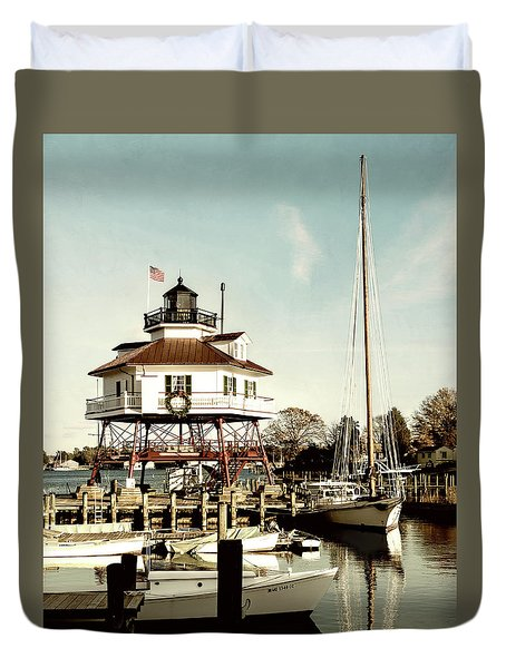 Drum Point Light Duvet Cover
