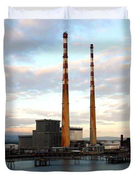 Dublin's Poolbeg Chimneys Duvet Cover