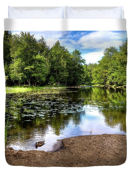 Duvet Cover featuring the photograph Duck At Covewood by David Patterson