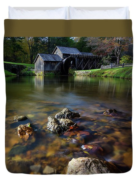 Ducks View Of Mabry Mill Duvet Cover
