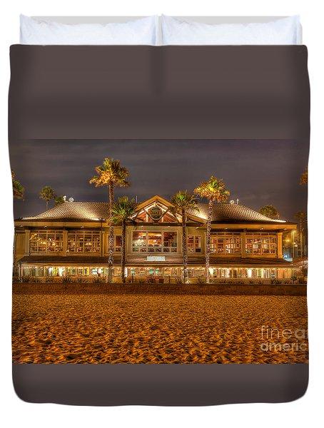 Duke's Restaurant Huntington Beach - Back Duvet Cover by Jim Carrell