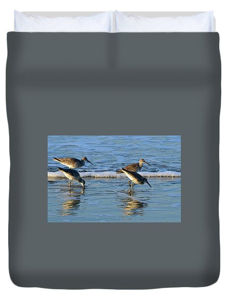 Dunking Willets Duvet Cover by Bruce Gourley
