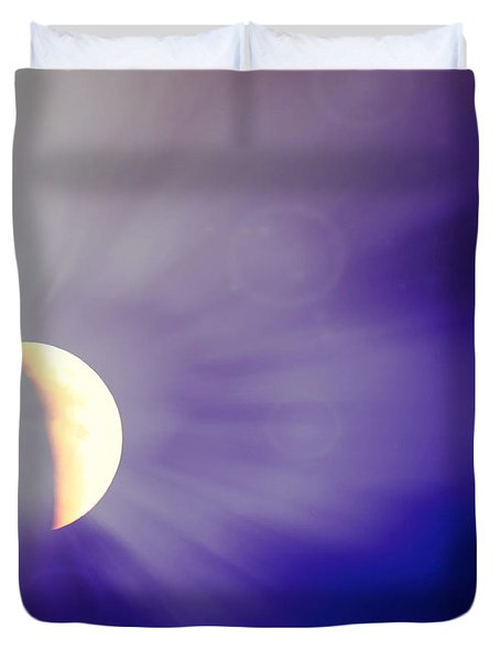 Aries Moon During The Total Lunar Eclipse 3 Duvet Cover