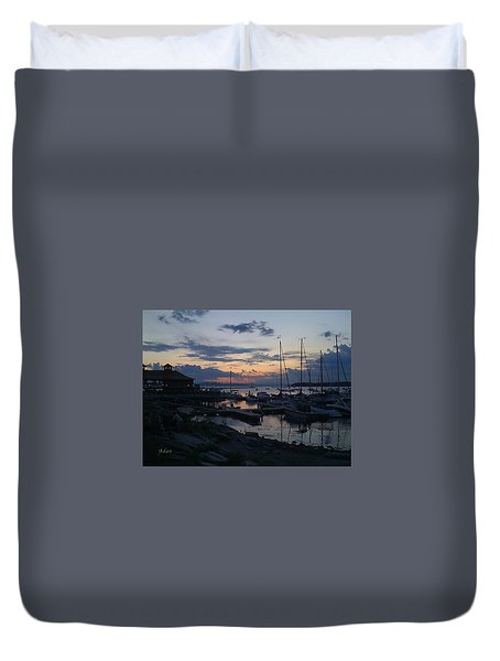 Duvet Cover featuring the photograph Dusk Begins To Sleep by Felipe Adan Lerma