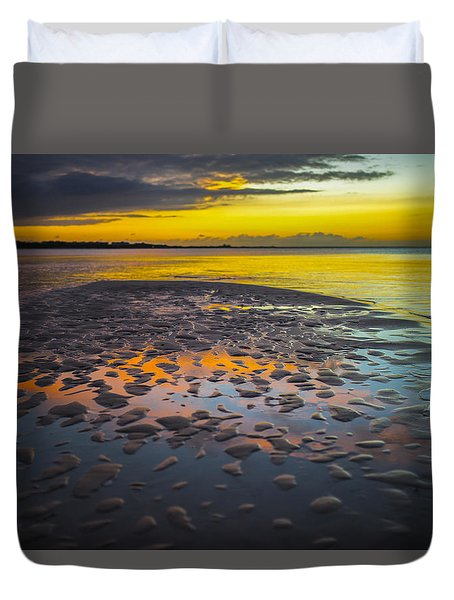 Dusk On Cayo Coco Duvet Cover by Valerie Rosen