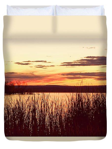 dusk on Lake Superior Duvet Cover