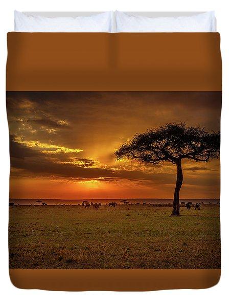 Dusk Over  The Serengeti Duvet Cover