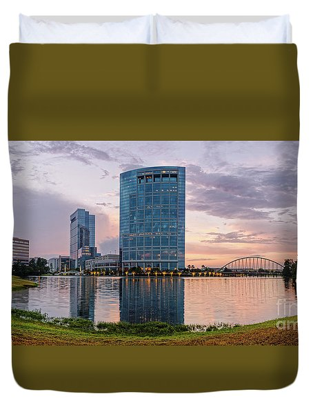 Dusk Panorama Of The Woodlands Waterway And Anadarko Petroleum Towers - The Woodlands Texas Duvet Cover