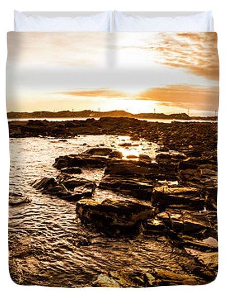 Dynamic Ocean Panoramic Duvet Cover