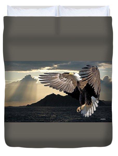 Eagle At Dawn Duvet Cover