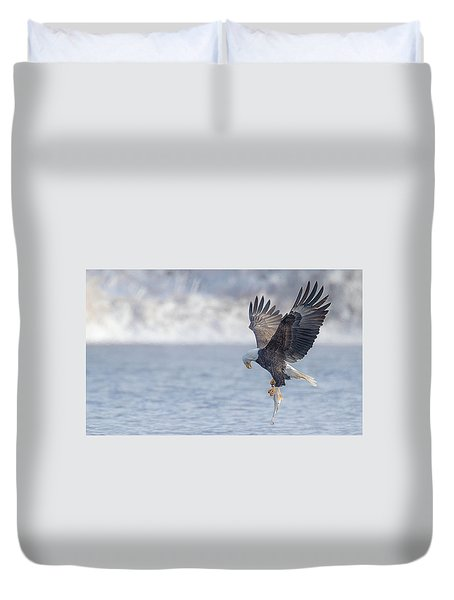 Eagle Fishing  Duvet Cover by Kelly Marquardt