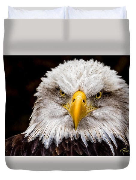 Defiant And Resolute - Bald Eagle Duvet Cover by Rikk Flohr