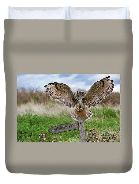 Eagle Owl On Signpost Duvet Cover