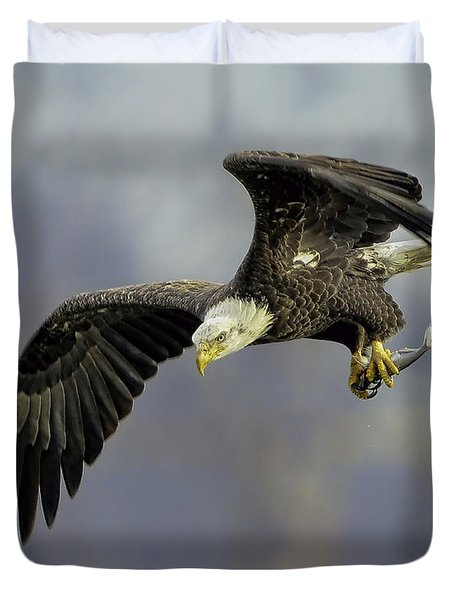 Eagle Power Dive Duvet Cover