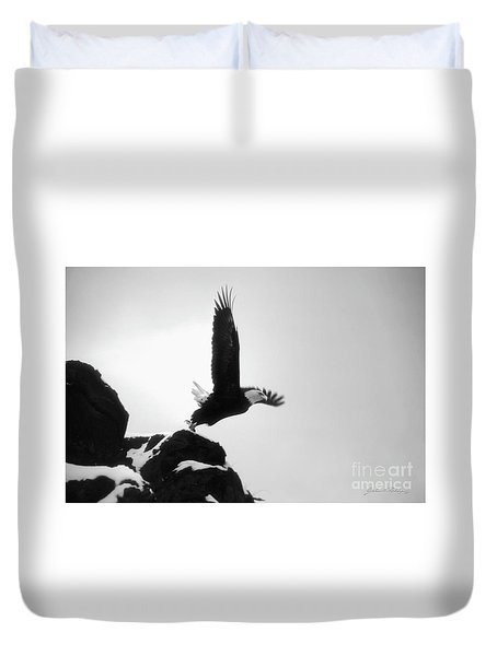 Eagle Takeoff At Adak, Alaska Duvet Cover
