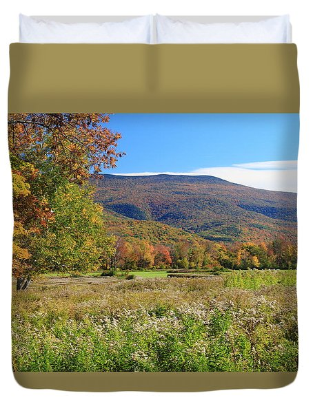 Early Autumn In The Berkshires Duvet Cover