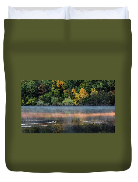 Early Autumn Morning At Longfellow Pond Duvet Cover