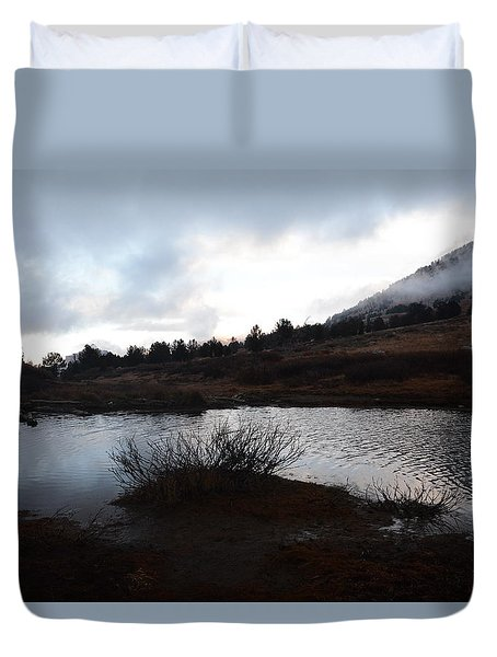 Early Morning At Favre Lake Duvet Cover