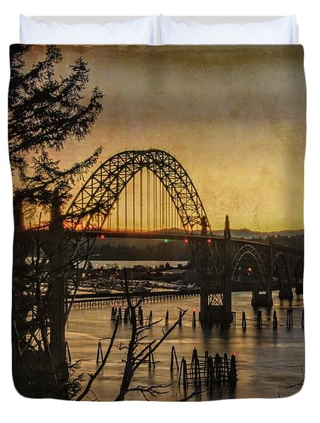 Duvet Cover featuring the photograph Early Morning At The Yaquina Bay Bridge  by Thom Zehrfeld