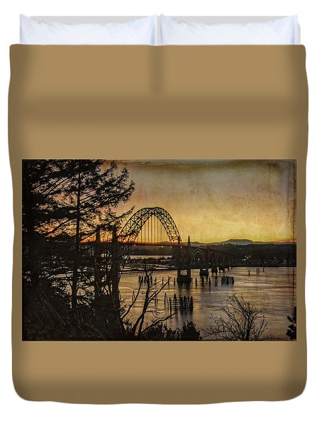 Early Morning At The Yaquina Bay Bridge  Duvet Cover