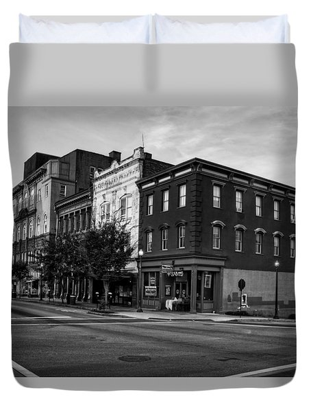 Early Morning In Wilmington In Black And White Duvet Cover