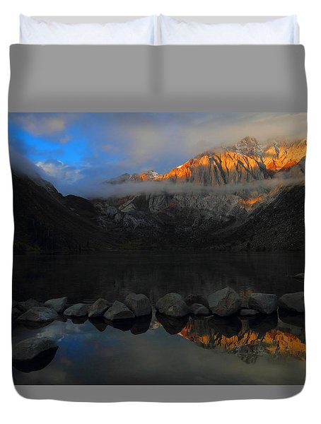 Early Morning Light At Convict Lake In The Eastern Sierras Duvet Cover