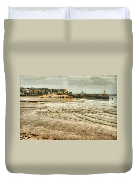 Early Morning, Low Tide Duvet Cover