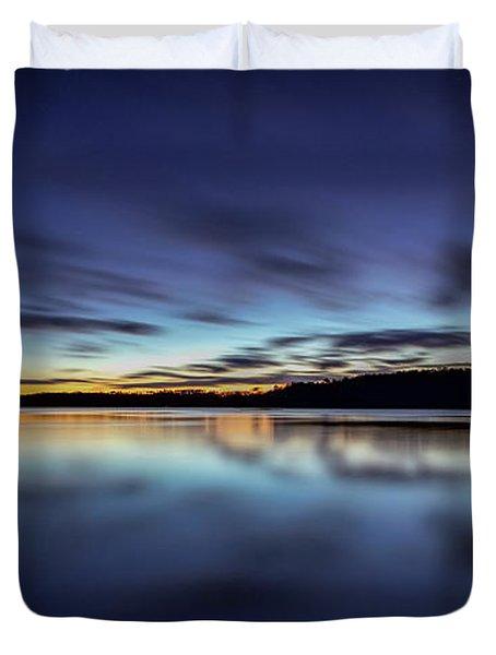 Early Morning On Lake Lanier Duvet Cover by Bernd Laeschke