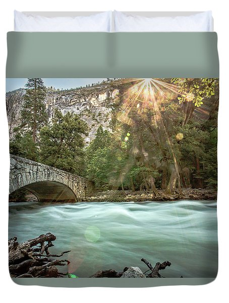 Early Morning On The Merced River Duvet Cover by Ryan Weddle