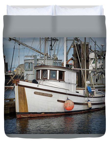 Duvet Cover featuring the photograph Early Spring by Randy Hall