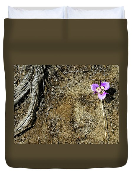 Duvet Cover featuring the photograph Earth Memories-desert Flower # 1 by Ed Hall