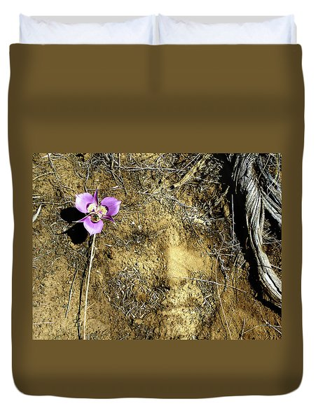 Duvet Cover featuring the photograph Earth Memories - Desert Flower # 2 by Ed Hall