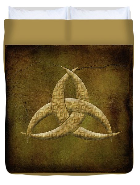 Duvet Cover featuring the painting Earthen Celtic Triquetra Symbol by Kandy Hurley