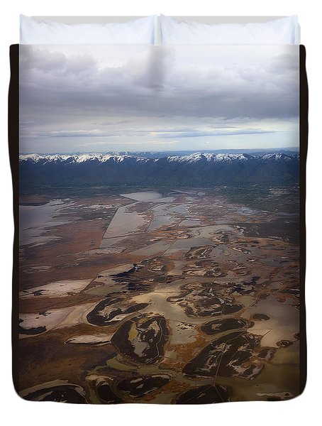 Earth's Kidneys Duvet Cover by Ryan Manuel