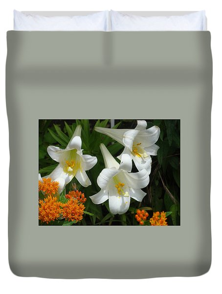 Easter Lilies And Butterfly Weed Duvet Cover